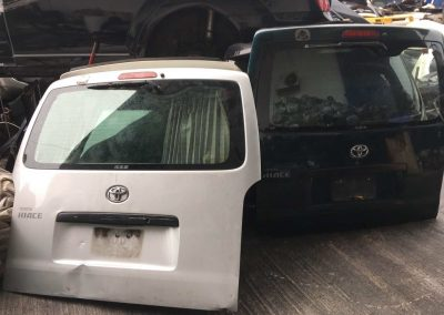 TOYOTA HIACE 2010 KDH200 REAR BONNET HALFCUT REAR FENDER