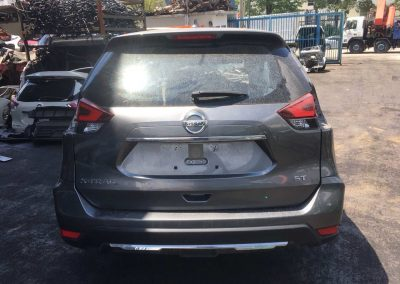 NISSAN X-TRAIL 2015 NT32 REAR CUT HALFCUT