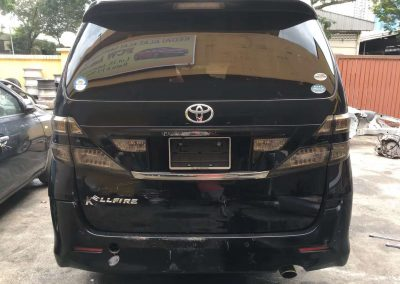 TOYOTA VELLFIRE20 2.4CC 6SEAT FRONT CUT AND REAR CUT