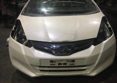 HONDA JAZZ GE6 SKY BLUE SUN GLASS FRONT CUT