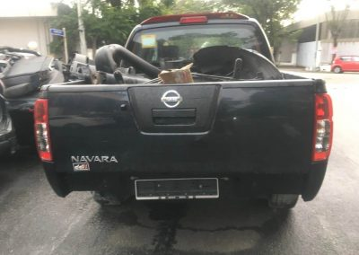 NISSAN NAVARA D40 2.5CC MANUAL 4WD FRONT CUT AND REAR CUT