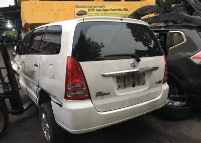 TOYOTA INNOVA 1TR AUTO FRONT CUT AND REAR CUT