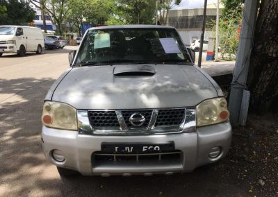 NISSAN FRONTIER MT 4WD FRONT CUT AND REAR CUT